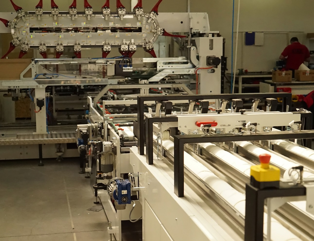 The Ultima roll wrapper is used for the primary packaging of finished tissue rolls.