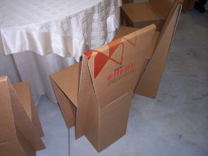 The Pro-gest group produces and transforms approximately 800 million m2 corrugated cardboard every year. Its products include recycled cardboard furnishing items, authentic design features.