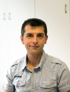 Claudio Pesenti, from the technical department of the Verderio Inferiore company, (in the Lecco province, Verderio Inf. Is about 35 km from Milan).